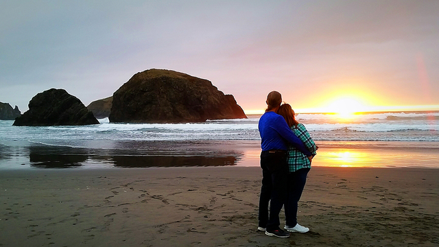 Romance Awaits in Gold Beach!